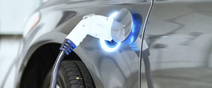 Nederlands kabinet: In 2030 alleen nog elektrische auto's